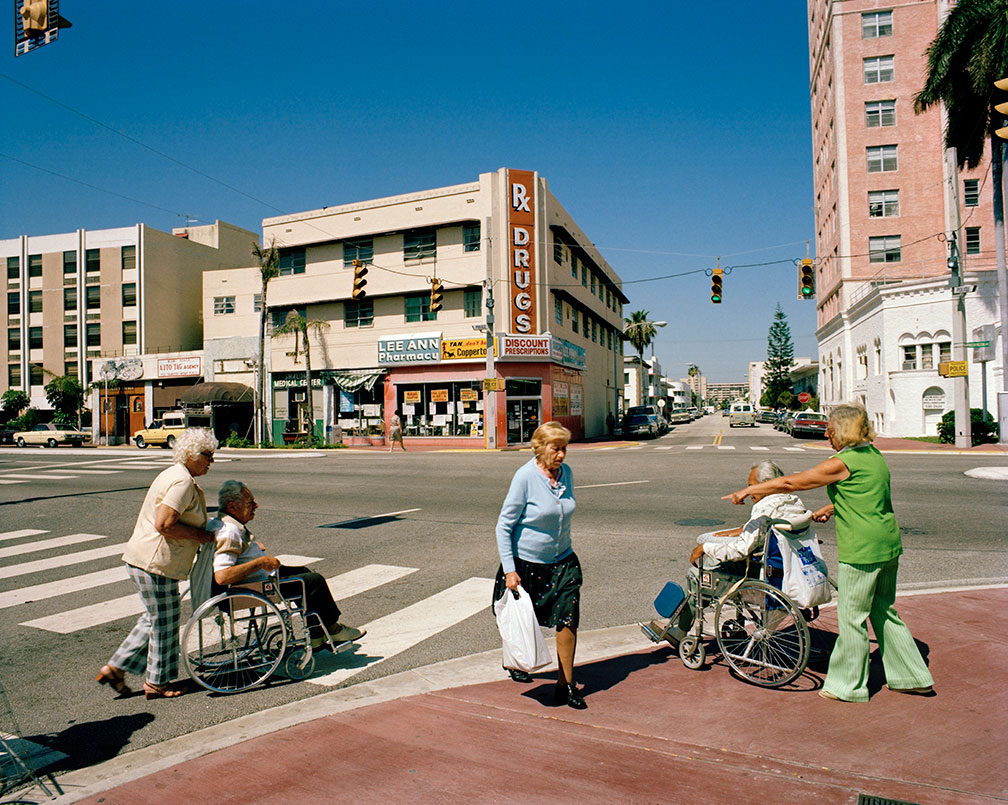 Wheelchairs-Crossing-Street